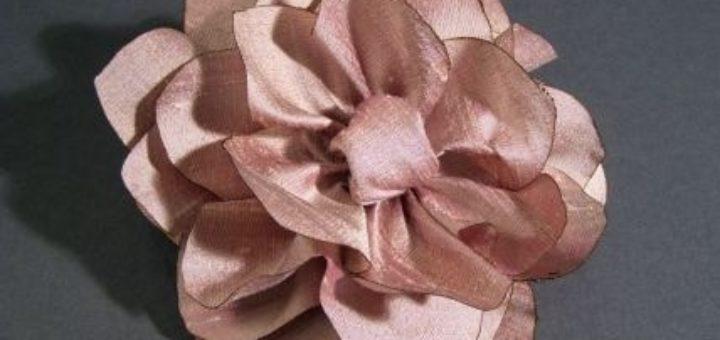 Как сделать цветочек из шелка и органзы. Мастер-класс