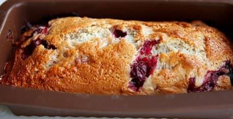 Рецепт постного пирога с вишней