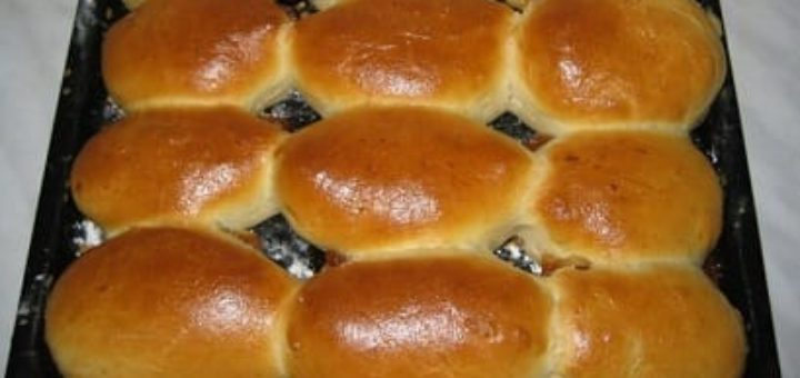 Рецепт теста и яблочного пюре для булочек