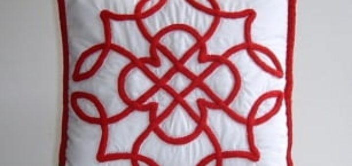 Пошив и декорирование подушки в кельтском стиле