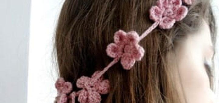Маленькие цветочки для украшения волос