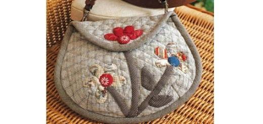 Шьем маленькую сумочку с цветочной аппликацией