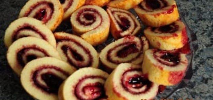 Рецепт нежного вишневого рулетика