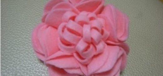 Цветок из вискозных салфеток