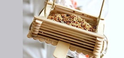 Кормушка для птиц из палочек от мороженого
