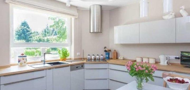 Как обустроить узкую кухню - 35 примеров и эффективных идей