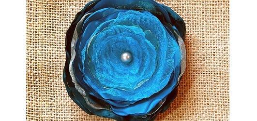 Цветы из шелка и органзы. Легкий способ создания