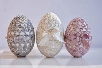 Как обвязать крючком пасхальные яйца