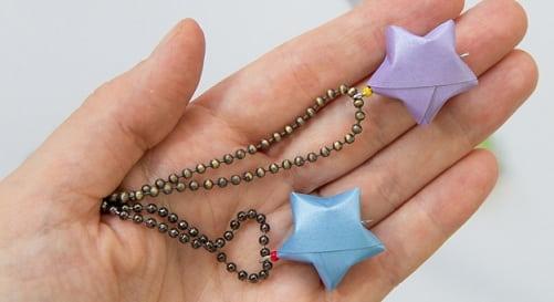 Бумажные украшения - звездочки в технике оригами