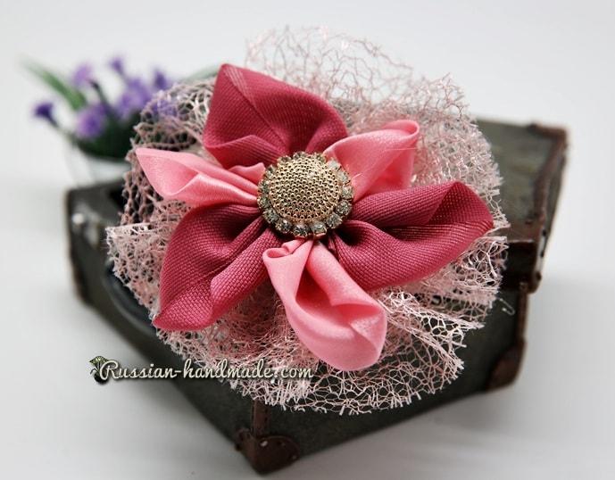 Цветок из лент для украшения волос девочки (10)