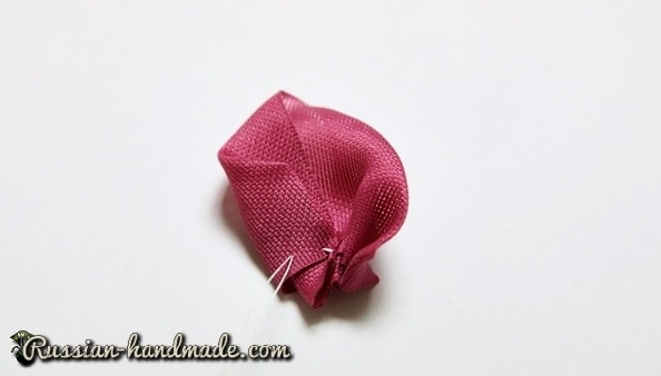 Цветок из лент для украшения волос девочки (3)