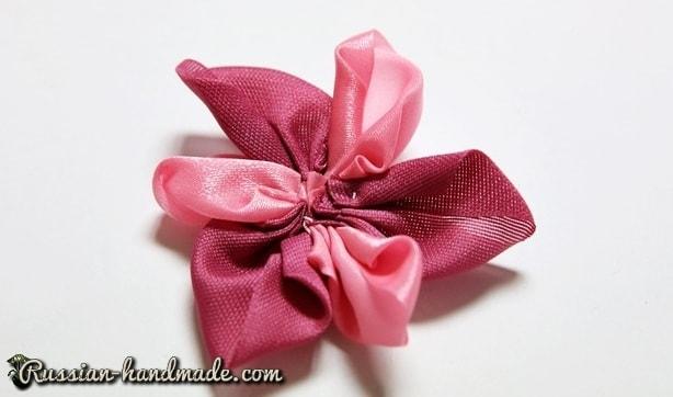 Цветок из лент для украшения волос девочки (5)