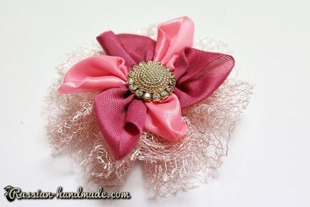 Цветок из лент для украшения волос девочки (7)