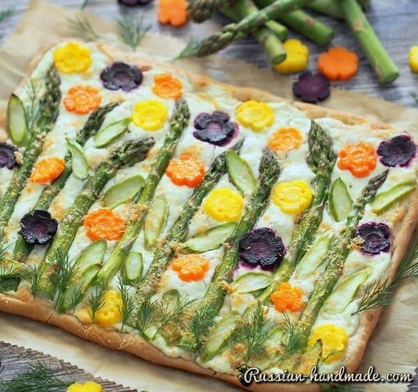Дрожжевой пирог со спаржей и овощами (4)