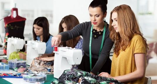 Топ 10 лучших швейных машин по небольшой стоимости (1)