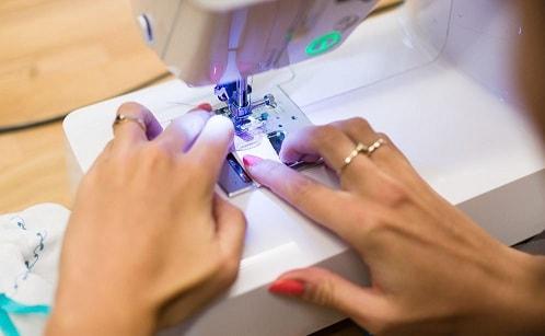 Топ 10 лучших швейных машин по небольшой стоимости (3)
