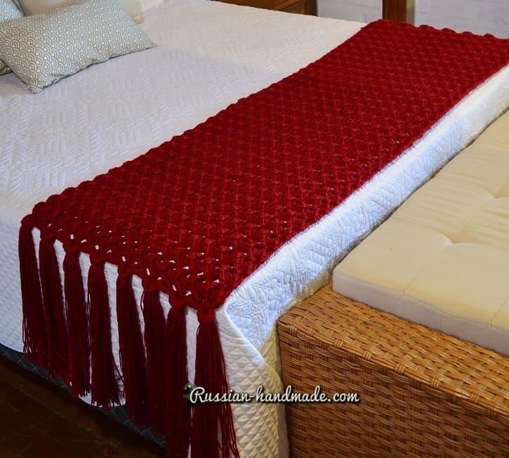 Дорожка на кровать крючком (2)
