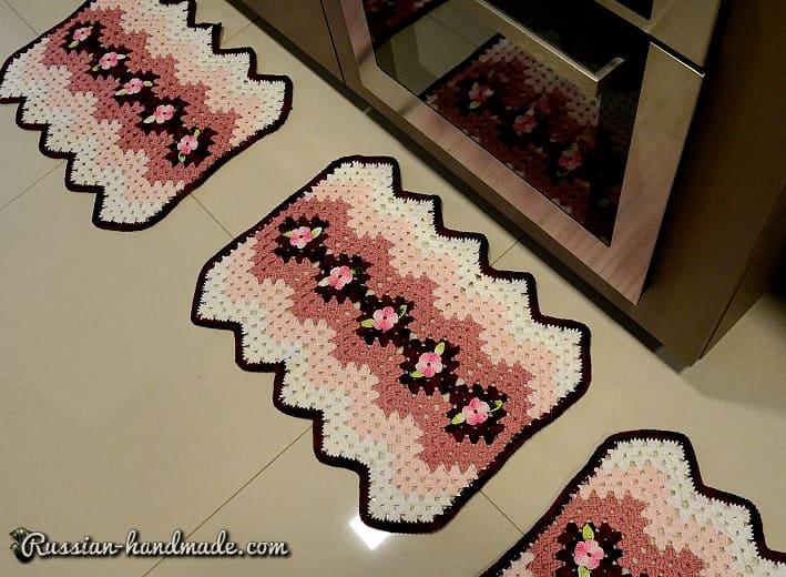 Набор кухонных ковриков крючком (3)