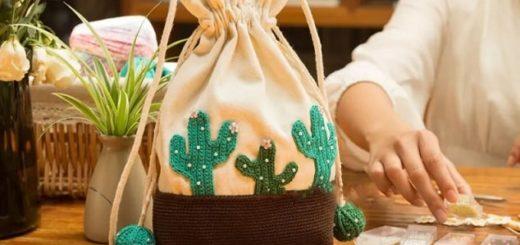 Сумочка-мешок с вязаными кактусами (2)