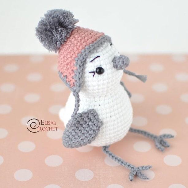 Амигуруми. Птичка в теплой шапочке (2)